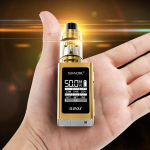 Smok Q-Box in hand